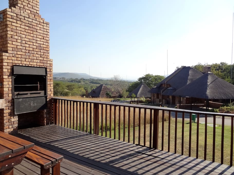 Large deck with grill/braai & amazing views