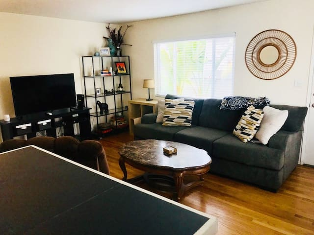 Private Two Bedroom House with Yard at Mission Bay