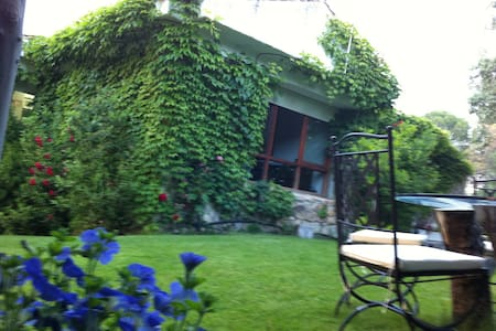 Preciosa Casa en pantano Sanjuan - San Martín de Valdeiglesias - Haus