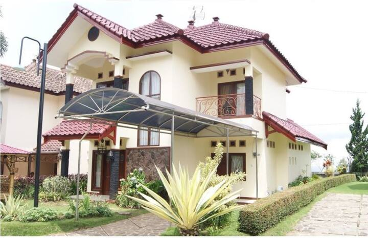 Perfect Family Villa with 3BR @ Q Villa Management