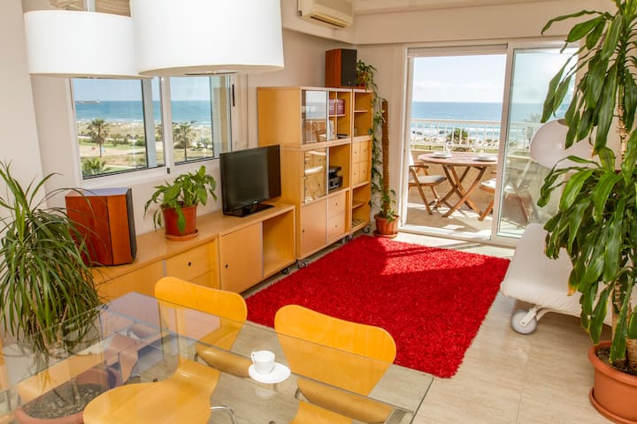 APARTMENT IN DAIMUS BEACH, GANDIA  - Daimús - Huoneisto