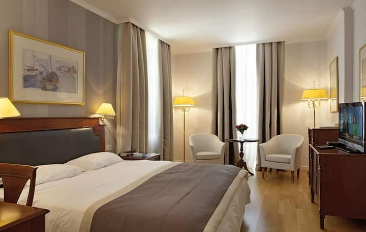 Guest Room at Theoxenia Palace***** in Kifissia