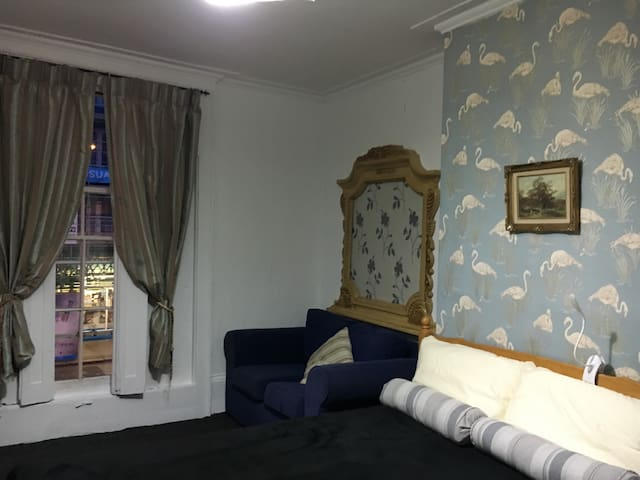 Spacious fun room. Camden Town