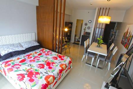 Best area- Makati Greenbelt, studio - Makati - Appartement