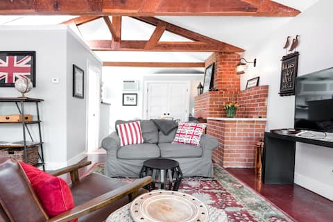 Guesthouse in a Historic Area of Downtown Walnut Creek