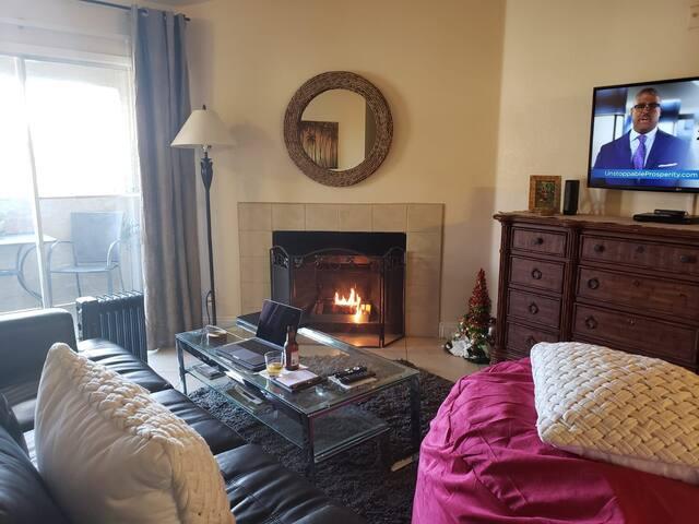 Superb 2 Bed , Resort Style living!
