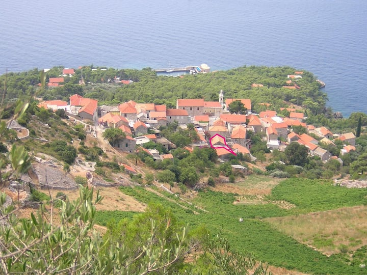 Sveta Nedjelja - île de Hvar