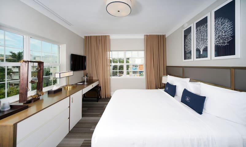 San Juan Hotel South Beach, Luxury King