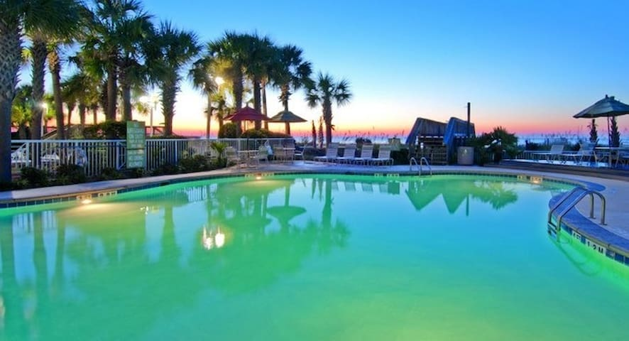 South Beach Resort 2 bdrm July 3rd-July 10(7 day)