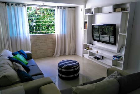 Apt complete and furnished near everything - Bahia