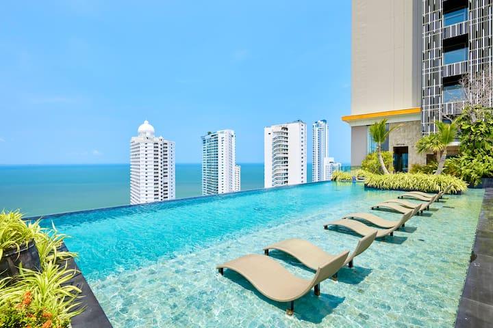 31st floor sea view condo!!!