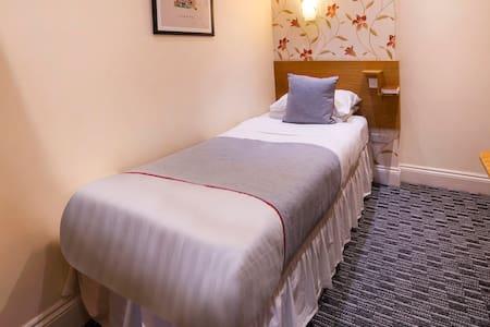 OYO Anchor Hotel, Standard Single Room