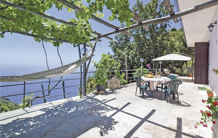 Holiday cottage with 1 bedroom on 40m² in Agerola NA