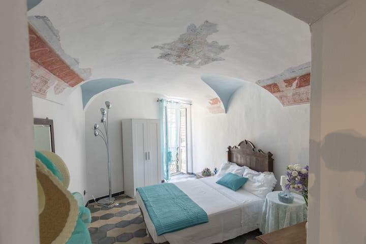 Dussaiga - Camera del Fiordaliso