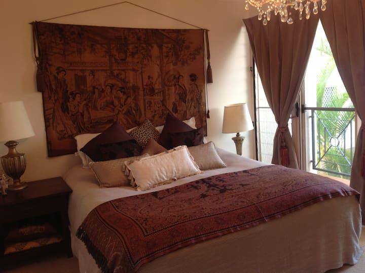 Luxury Room in Ascot