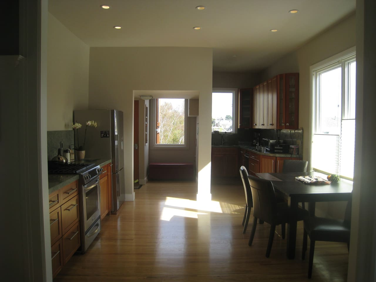 Dining & kitchen space.