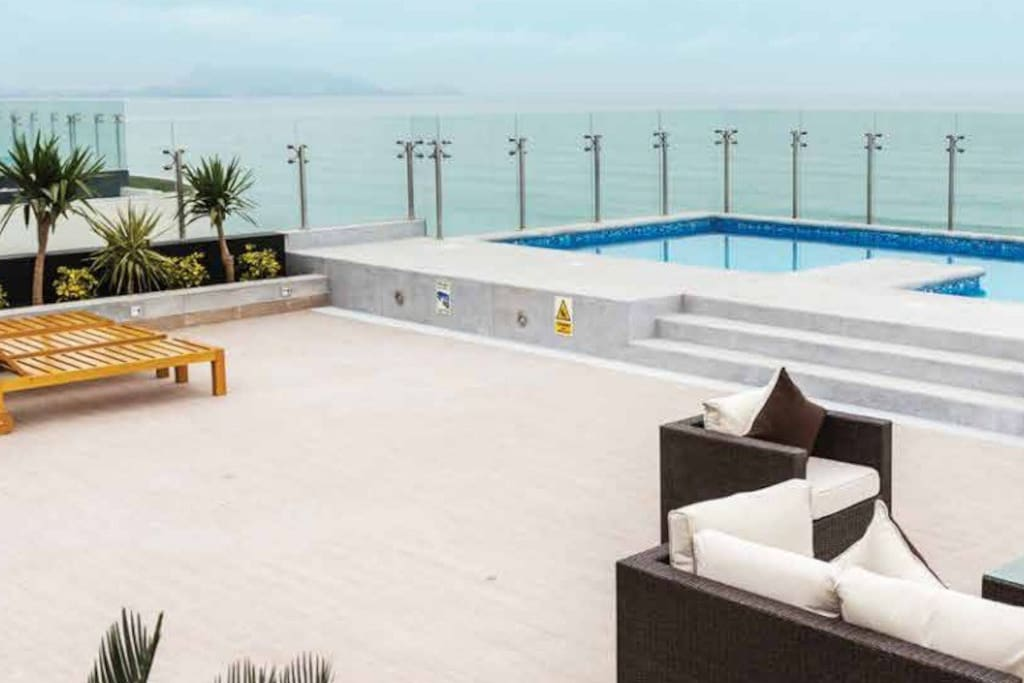 Pool on the roof - common area