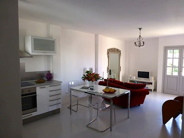 Stunning Apartment in St. Gertrudis - Santa Eulària des Riu - Appartement
