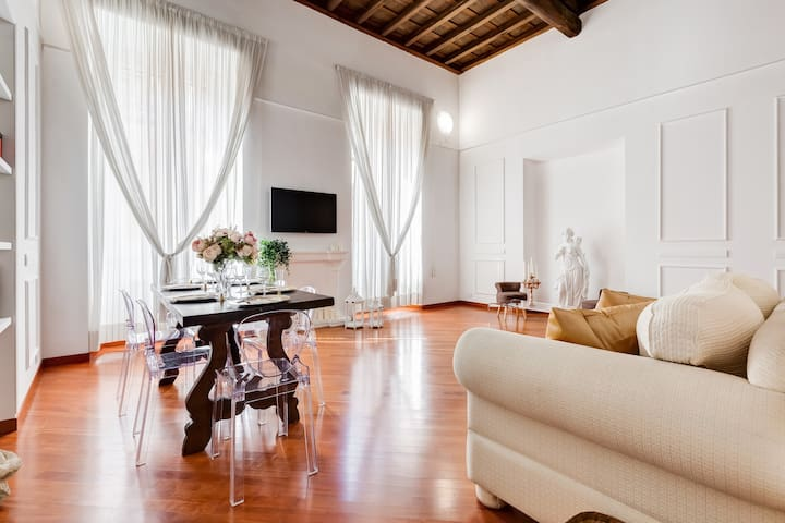 NEW  ROME APARTMENT PANTHEON