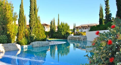 Villa Helios, Aphrodite Hills