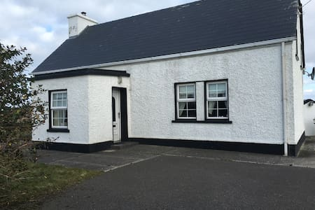 Paddy Og's Cottage - Kincasslagh