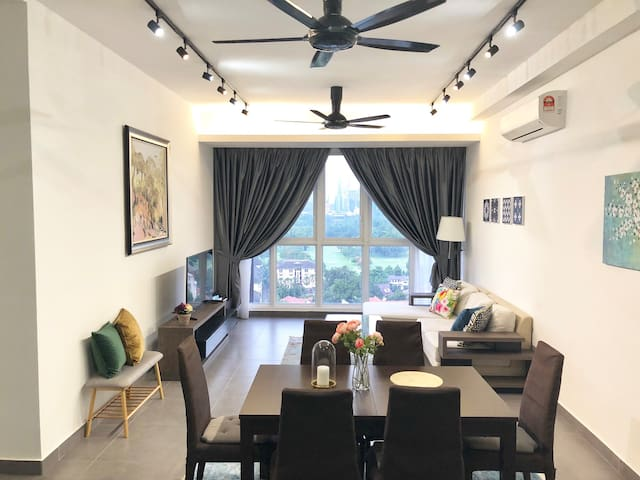 Irene's Home (2BR) with Stunning KLCC View