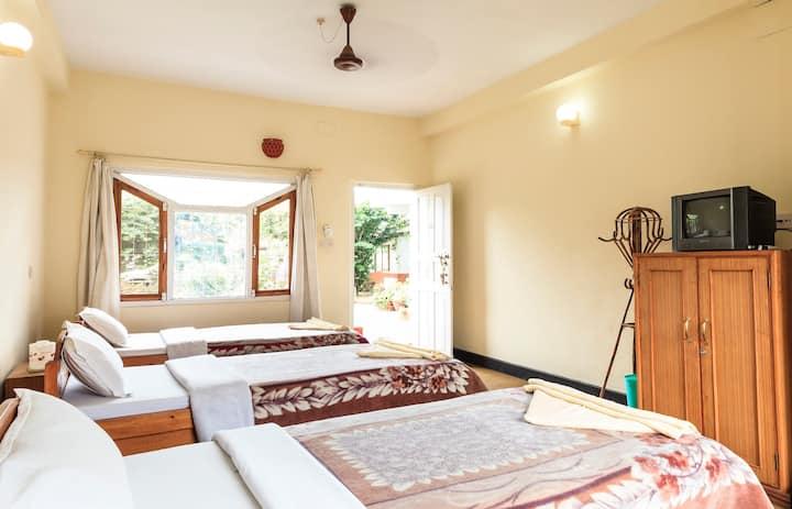 Triple room, garden floor