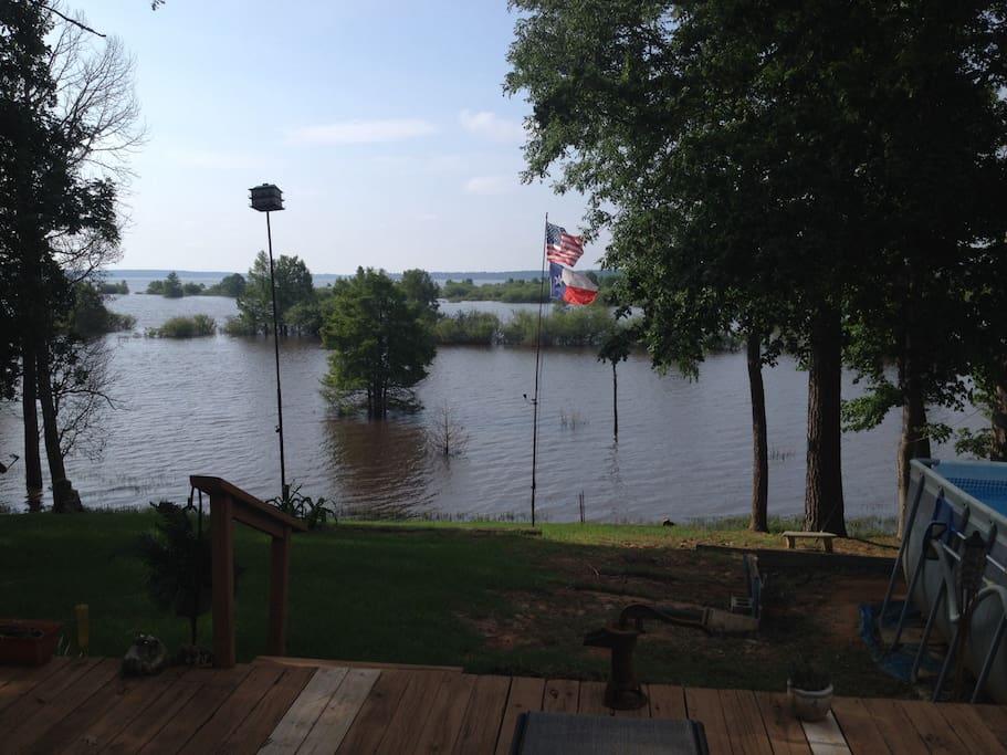 Lake View of Sam Rayburn