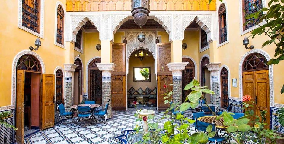 Habitación doble en Riad con piscina
