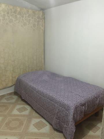 Habitación en Fracc. Santa Elena - San Mateo Atenco