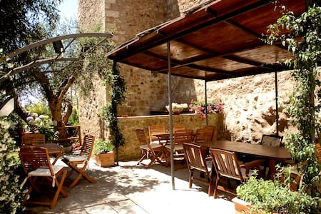 "b & b inn the walls ""Anna de Croy - Magliano in Toscana  - Bed & Breakfast"