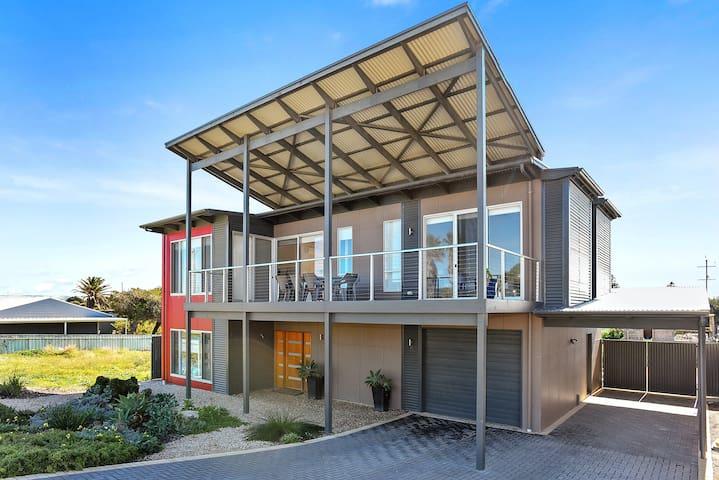 Goolwa 'RiverSea' Beach House