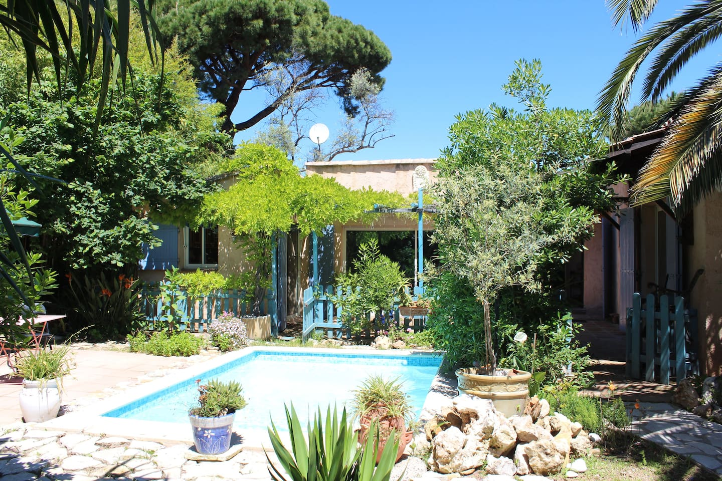 Our villa in Provence style with nice garden and terrasses