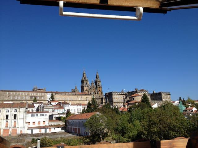 Ático con Vistas Únicas a la Catedral. - Santiago de Compostela - Apto. en complejo residencial