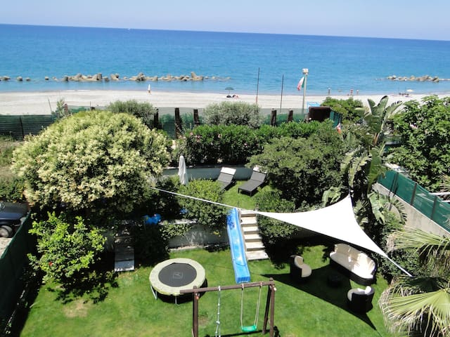 Holiday House by the sea Sicilia - Capo D'orlando - Casa
