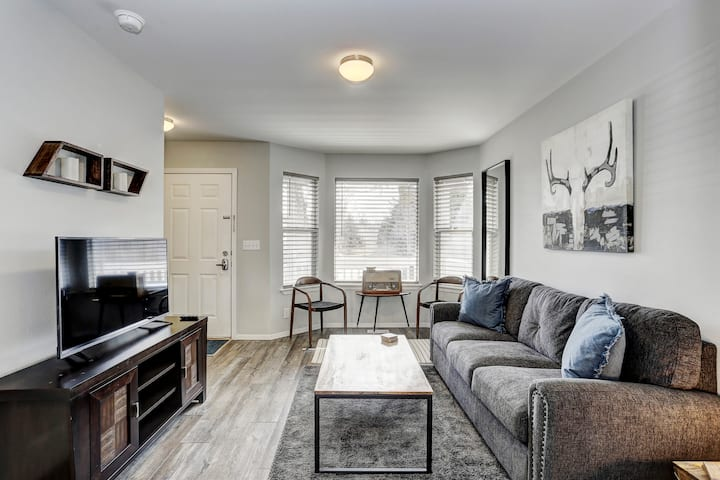 Walking Distance to Downtown Boise/Quinn's Pond!