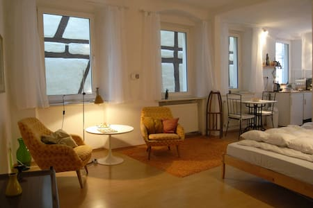 ☼ Stylish Apartment in Old Building - Bamberg - Appartement
