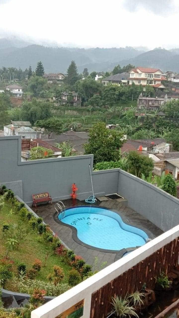 Villa cisarua selatan 2 kamar kolam renang pribadi