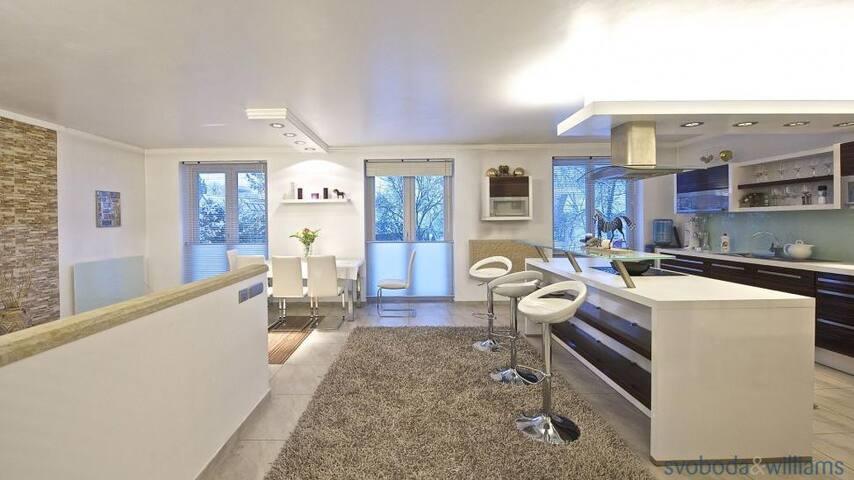 Most luxurious house in Prague - ปราก - วิลล่า