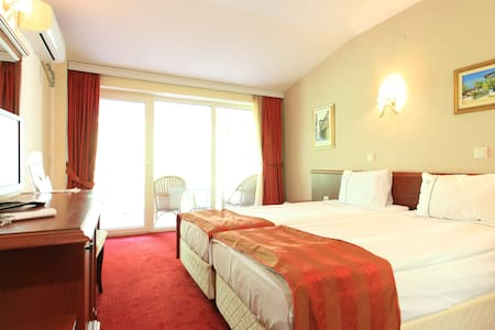 Hotel Belvedere - Double room - โอห์ริด