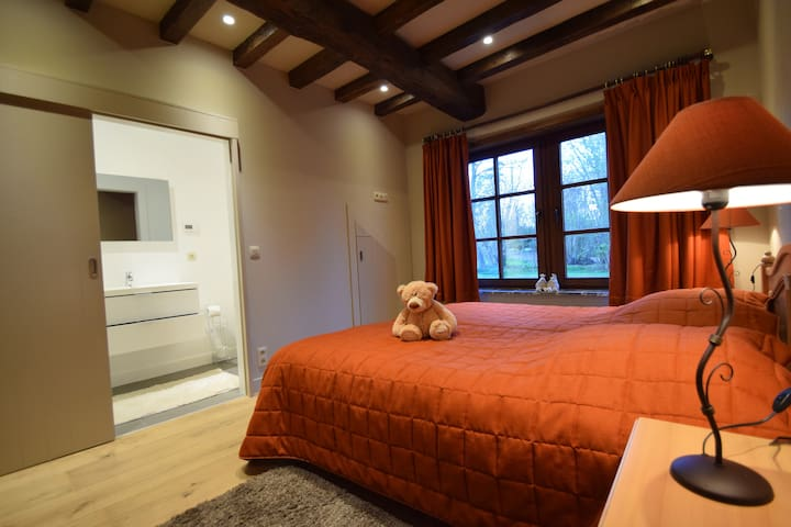 Vakantiewoning in oase van groen en rust - Geraardsbergen - Feriehjem