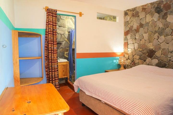 Casa Jaguar,San Marcos,Queen Bed.Private Bathroom.