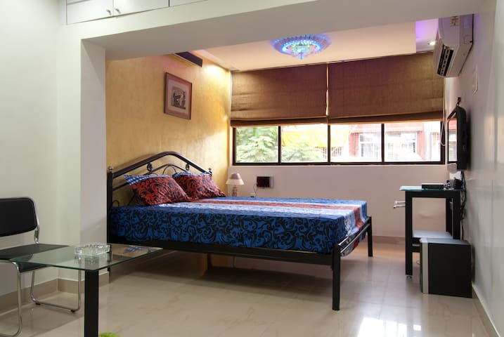 Private 1 BED Villa at Vashi Navi Mumbai - Navi Mumbai - Haus