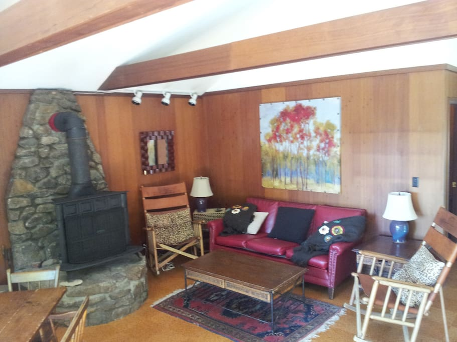 Comfy Vintage Chalet.  We have a saddle leather sectional now.  Not sure what I did with that pic.