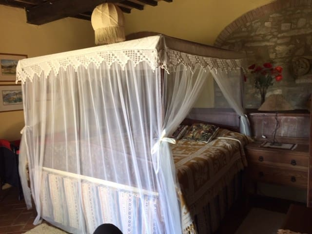 King size bed - fit for a honeymoon!