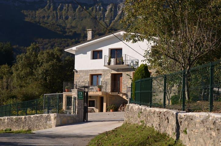 Casa Rural Sierra Salvada (Airea)