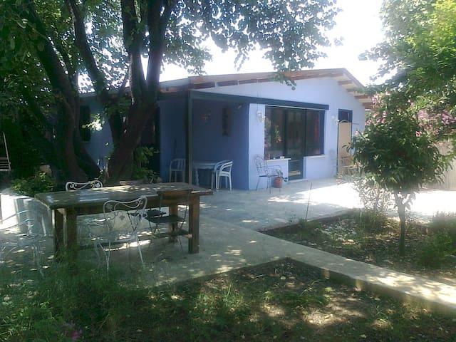 gardenhouse in Attiki Marathon beachbay - Marathonas - Casa