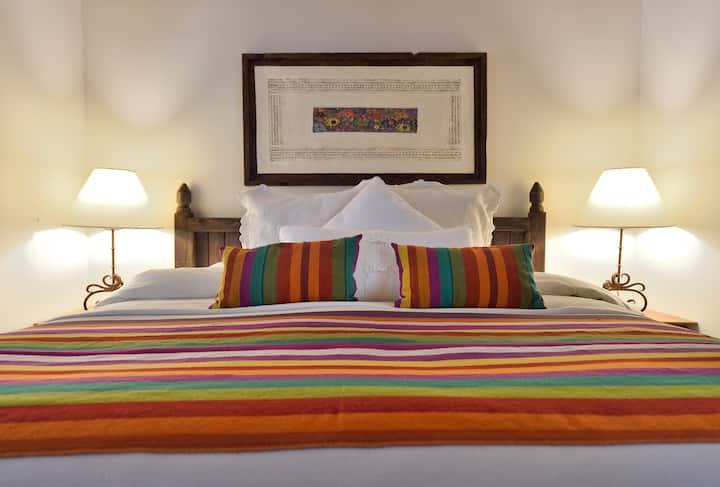 Beautiful Suite-1/2 mi from Santa Fe Plaza