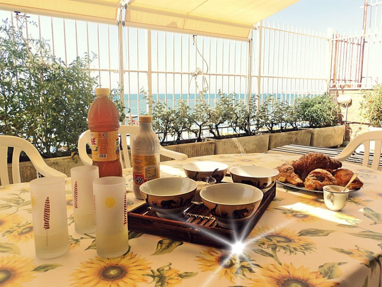 BREAKFAST ON THE MEDITERRANEAN SEA