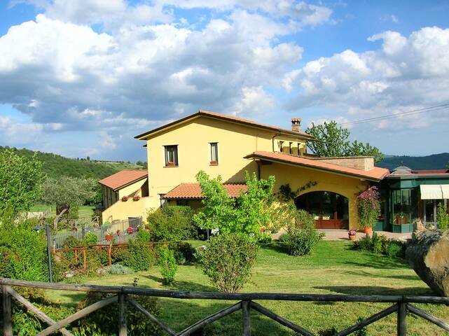 Vacation homes on Trasimeno Lake - Castel Rigone